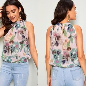 🌸LAST ONE!!🌸Tropical Print Halter Blouse